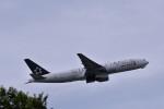 おかめさんが、成田国際空港で撮影したユナイテッド航空 777-222/ERの航空フォト(写真)