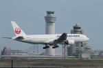 ceskykrumlovさんが、羽田空港で撮影した日本航空 777-289の航空フォト(写真)