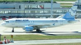 誘喜さんが、パリ オルリー空港で撮影したエーグル・アズール A319-111の航空フォト(写真)