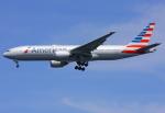 VICTER8929さんが、羽田空港で撮影したアメリカン航空 777-223/ERの航空フォト(写真)