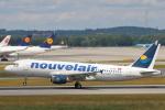 安芸あすかさんが、ミュンヘン・フランツヨーゼフシュトラウス空港で撮影したヌーべルエア・チュニジア A320-214の航空フォト(写真)