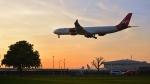 flytaka78さんが、ロンドン・ヒースロー空港で撮影したヴァージン・アトランティック航空 A340-642の航空フォト(写真)