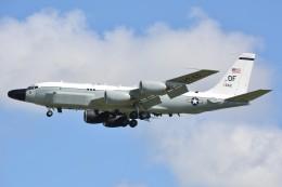 デルタおA330さんが、嘉手納飛行場で撮影したアメリカ空軍 RC-135S (717-148)の航空フォト(写真)