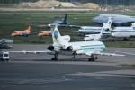 こじゆきさんが、ドモジェドヴォ空港で撮影したアルロサ航空 Tu-154の航空フォト(写真)
