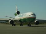 KOMAKIYAMAさんが、テッドスティーブンズ・アンカレッジ国際空港で撮影したエバー航空 MD-11Fの航空フォト(写真)