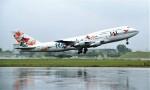 ハミングバードさんが、名古屋飛行場で撮影した日本航空 747-346SRの航空フォト(写真)
