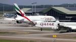 誘喜さんが、クアラルンプール国際空港で撮影したエミレーツ航空 A380-842の航空フォト(写真)