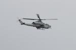 Koenig117さんが、嘉手納飛行場で撮影したアメリカ海兵隊 AH-1Z Viperの航空フォト(写真)