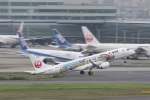 VIPERさんが、羽田空港で撮影したジェイ・エア ERJ-190-100(ERJ-190STD)の航空フォト(写真)