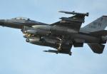 fortnumさんが、三沢飛行場で撮影したアメリカ空軍 F-16A Fighting Falconの航空フォト(写真)