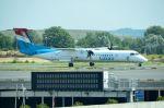 ちかぼーさんが、パリ シャルル・ド・ゴール国際空港で撮影したルクスエア DHC-8-402Q Dash 8の航空フォト(写真)