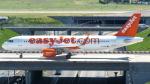 誘喜さんが、パリ オルリー空港で撮影したイージージェット A320-214の航空フォト(写真)