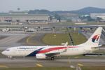 安芸あすかさんが、クアラルンプール国際空港で撮影したマレーシア航空 737-8H6の航空フォト(写真)