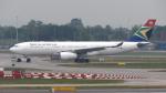 誘喜さんが、ロンドン・ヒースロー空港で撮影した南アフリカ航空 A330-243の航空フォト(写真)