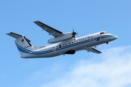 TRdenさんが、小樽付近で撮影した海上保安庁 DHC-8-315 Dash 8の航空フォト(写真)