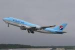 VIPERさんが、新千歳空港で撮影した大韓航空 747-4B5の航空フォト(写真)