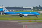 PASSENGERさんが、アムステルダム・スキポール国際空港で撮影したKLMオランダ航空 787-9の航空フォト(写真)