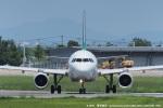 tabi0329さんが、佐賀空港で撮影した春秋航空 A320-214の航空フォト(写真)