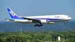 kamerajiijiさんが、新千歳空港で撮影した全日空 777-281の航空フォト(写真)