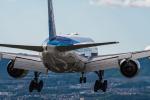 Simeonさんが、伊丹空港で撮影した全日空 777-281/ERの航空フォト(写真)