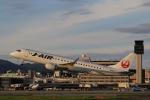 ゴハチさんが、伊丹空港で撮影したジェイ・エア ERJ-190-100(ERJ-190STD)の航空フォト(写真)