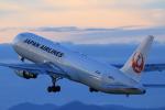 ゴハチさんが、伊丹空港で撮影した日本航空 767-346/ERの航空フォト(写真)