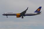 PASSENGERさんが、フランクフルト国際空港で撮影したアイスランド航空 757-256の航空フォト(写真)