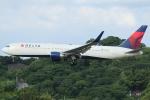 Wings Flapさんが、福岡空港で撮影したデルタ航空 767-332/ERの航空フォト(写真)