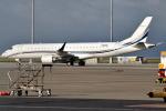 euro_r302さんが、中部国際空港で撮影したアメリカ個人所有 ERJ-190-100 ECJ (Lineage 1000)の航空フォト(写真)