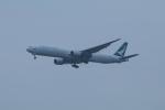 しかばねさんが、成田国際空港で撮影したキャセイパシフィック航空 777-367の航空フォト(写真)