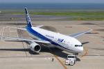 Leporelloさんが、羽田空港で撮影した全日空 777-281/ERの航空フォト(写真)