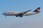 PASSENGERさんが、フランクフルト国際空港で撮影したルフトハンザドイツ航空 747-830の航空フォト(写真)