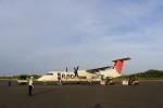 トラッキーさんが、与論空港で撮影した琉球エアーコミューター DHC-8-314 Dash 8の航空フォト(写真)