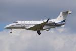 PASSENGERさんが、フランクフルト国際空港で撮影したドイツ個人所有 EMB-505 Phenom 300の航空フォト(写真)