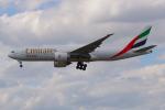 PASSENGERさんが、フランクフルト国際空港で撮影したエミレーツ航空 777-F1Hの航空フォト(写真)