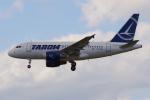 PASSENGERさんが、フランクフルト国際空港で撮影したタロム航空 A318-121の航空フォト(写真)