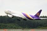 hidetsuguさんが、新千歳空港で撮影したタイ国際航空 777-2D7の航空フォト(写真)