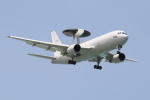 Koenig117さんが、那覇空港で撮影した航空自衛隊 E-767 (767-27C/ER)の航空フォト(写真)