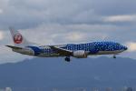 みるぽんたさんが、関西国際空港で撮影した日本トランスオーシャン航空 737-4Q3の航空フォト(写真)