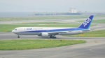 てつさんが、関西国際空港で撮影した全日空 767-381/ERの航空フォト(写真)