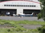 名無しの権兵衛さんが、調布飛行場で撮影した昭和リース AS350B3 Ecureuilの航空フォト(写真)