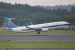 SIさんが、成田国際空港で撮影した中国南方航空 737-81Bの航空フォト(写真)