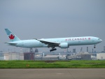 えぬえむさんが、羽田空港で撮影したエア・カナダ 777-333/ERの航空フォト(写真)