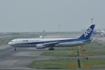 よしポンさんが、関西国際空港で撮影した全日空 767-381/ERの航空フォト(写真)