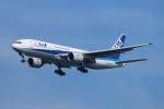 ceskykrumlovさんが、羽田空港で撮影した全日空 777-281の航空フォト(写真)