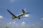 Gambardierさんが、伊丹空港で撮影した全日空 777-281の航空フォト(写真)