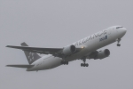 たろりんさんが、仙台空港で撮影した全日空 767-381/ERの航空フォト(写真)