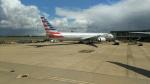 hiro-takaさんが、ロンドン・ヒースロー空港で撮影したアメリカン航空 777-323/ERの航空フォト(写真)