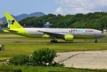 あしゅーさんが、福岡空港で撮影したジンエアー 777-2B5/ERの航空フォト(写真)