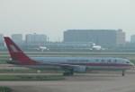いっとくさんが、上海浦東国際空港で撮影した上海航空 767-36Dの航空フォト(写真)